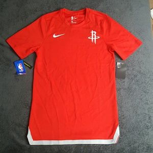 NWT NIKE HOUSTON ROCKETS TSHIRT